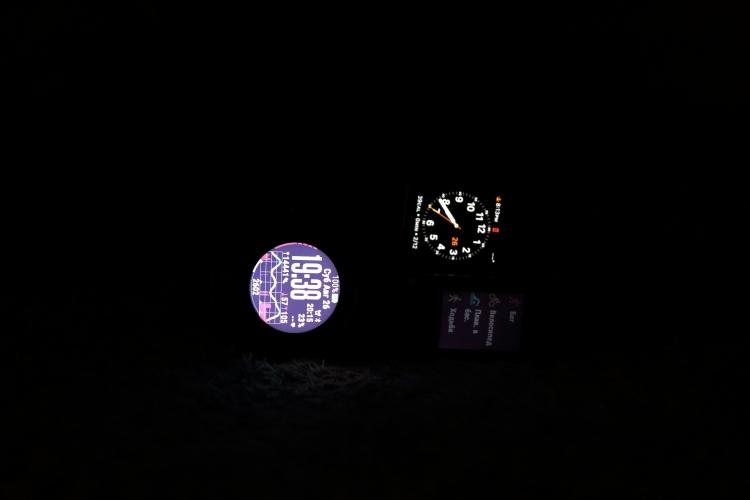 Тест ночной подсветки в часах - Garmin Fenix 5X - 90%, Vivoactive 3 из 9, Apple Smart Watch - дефолтные настройки