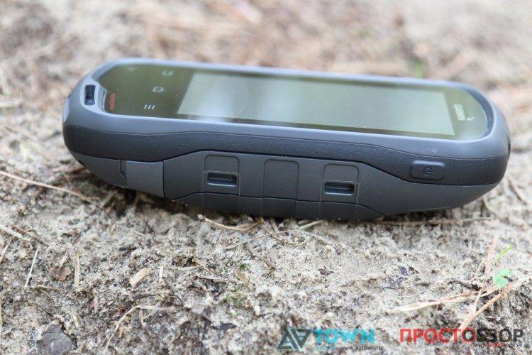 Боковые фиксаторы GPS навигатора Garmin Monterra