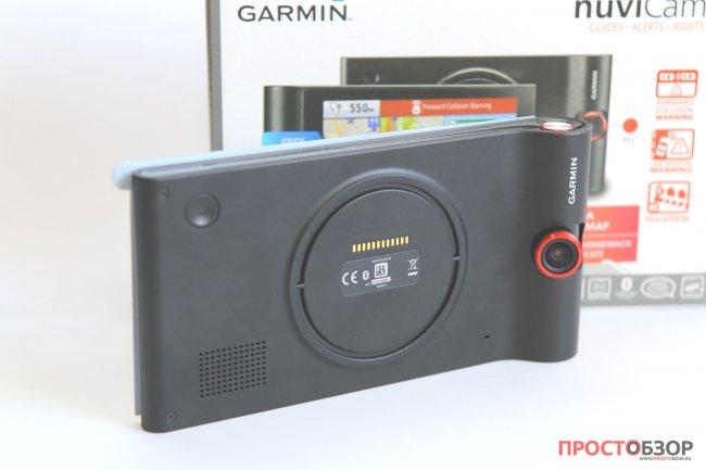 Центральный блок  GPS авто-регистратора Garmin NuviCam - вид спереди