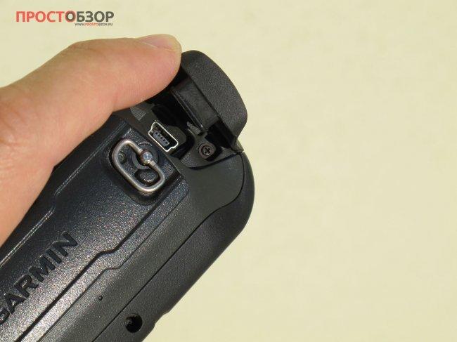 Резиновая заглушка GPS навигатора Garmin Etrex Touch 35