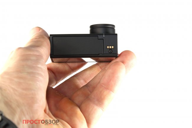 Зарядные контакты камеры Garmin Virb Ultra 30