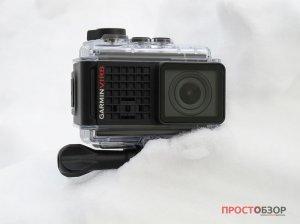 Подводный бокс камеры Garmin Virb Ultra 30 на снегу