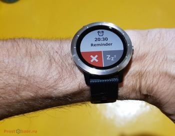 Крупный интерфейс часов Garmin Vivoactive 3