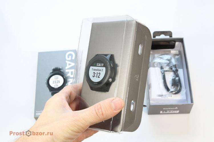 Распаковка часов Garmin Forerunner 935