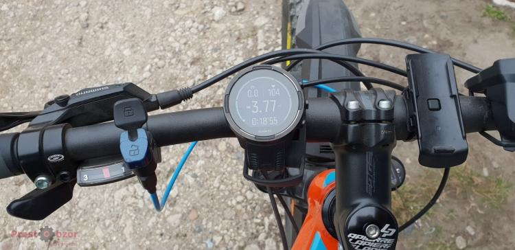 Установка часов SUUNTO 9 Baro на руле велосипеда