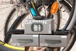 Передняя часть велокомпьютеров  Garmin Edge 830, 530, 130 Plus.