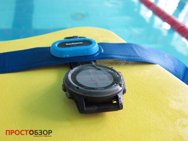 Кардио монитор  Garmin HRM-Swim и часы fenix 3 в бассейне