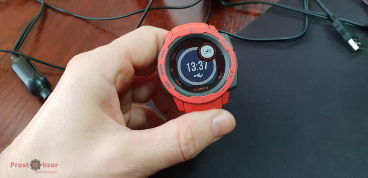 Заряд аккумулятора не показывает % заряда в Garmin Instinct