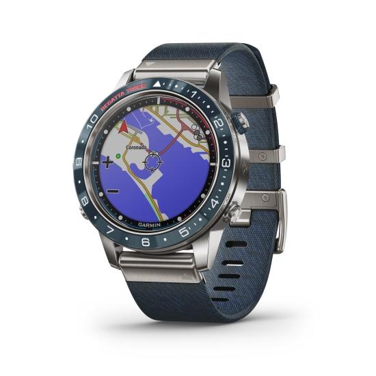 часы Garmin MARQ Captain - крупный план