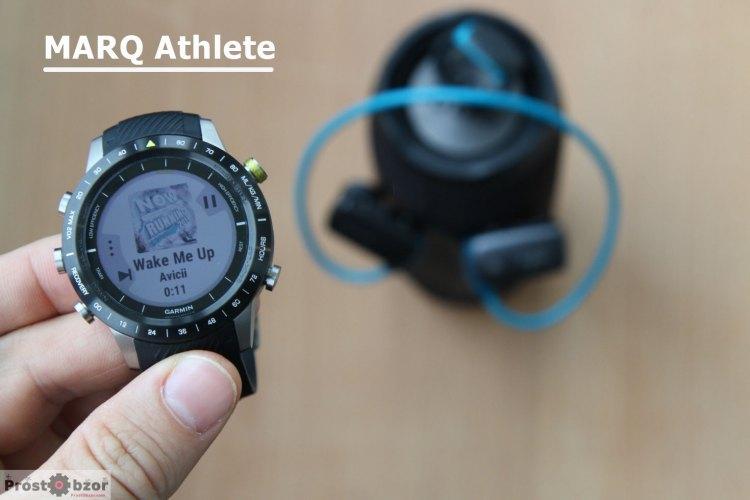 MARQ Athlete с музыкальным Bluetooth плеером на дисплее