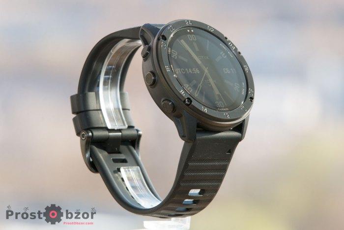 Внешний вид часов Garmin Tactix Delta