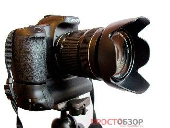 Установка Canon EOS 70D на штативе